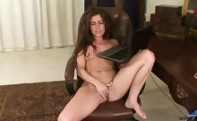 Stunning office milf peels off her pantyhose and uses both
